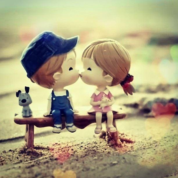 Photo of آیا لب دادن یا بوسیدن نامحرم روزه را باطل میکند؟